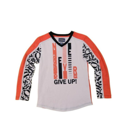0001  Legends22 longsleeve Never Give Up 19-146