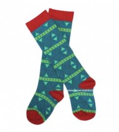 041 Zee en Zo sokken lang groen/rood  maat 104
