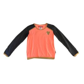 000 Lovestation22 shirt  19-262 maat 122- 128