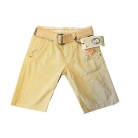 012  Deeluxe zandkleurig short maat 152