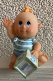 BABY BEELDJE JONGEN