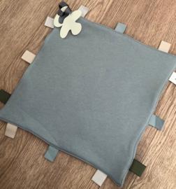 Labeldoekje speen  grijs/blauw  incl naam