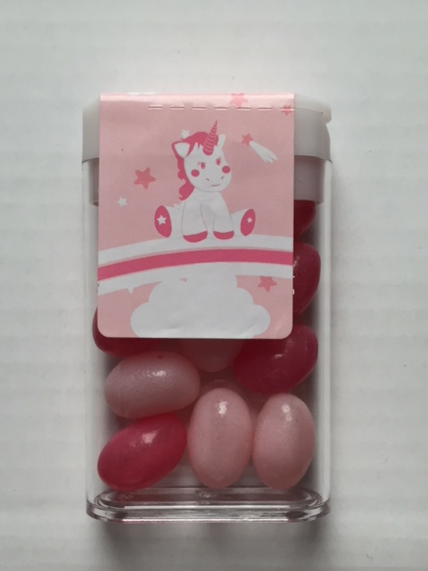 Plastic doosje met Jelly Beans en Eenhoorn sticker