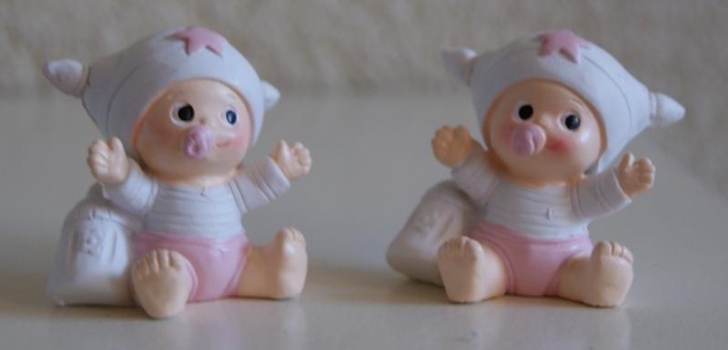 BABY BEELDJE MEISJE