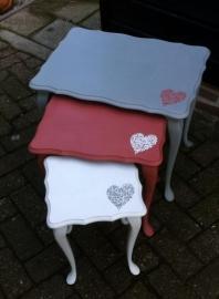 Set van 3 Queen Ann tafeltjes