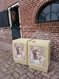Set van twee nachtkastjes, geverfd met Chalk Paint