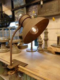Klemlantaarn met LED verlichting op batterij