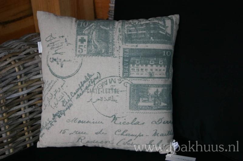 """Kussen """"stamps"""" van Bloomingville (DK)"""