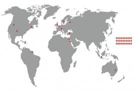 Muursticker Wereldkaart met gratis Google Markers