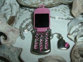 Leuk kettinkje met een roze mobieltje
