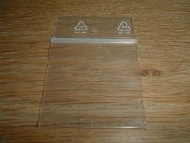50 stuks gripzakjes van 4 x 4 cm. met ophangaatje