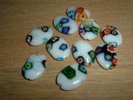 Mooie platte ovale millefiori kralen