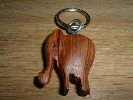 Mooie sleutelhanger van houten olifantje uit Burkina Faso