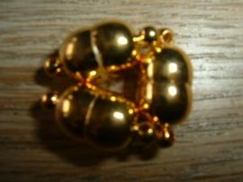 Mooie goudkleurige magneetsluitingen