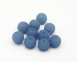 Mooie saffier blauwe glitterkralen van 8 mm.