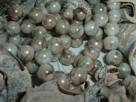 25 Stuks mooie gemêleerde beige glaskralen 10 mm.