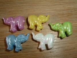 5 Stuks leuke gekleurde olifantjes