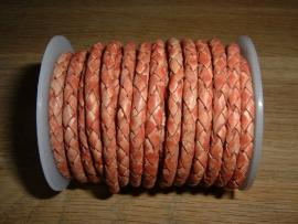 Mooi rond gevlochten leer in de kleur antiek magenta