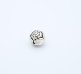 Mooie zilverkleurige rozen (T 40 )
