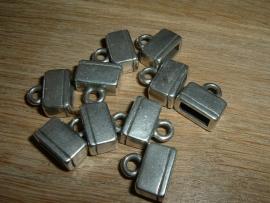 Mooie antiek zilverkleurige eindkapjes voor leerband 14 mm.