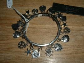 Mooie zilverkleurige metalen armband met bedels