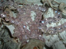 25 Stuks mooie Top Facet kralen in roze champagne van 6 x 4 mm.