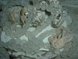 30 Stuks mooie off white opal glaskralen van 8 mm.