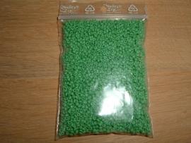 50 Gram mooie kleine groene glaskraaltjes
