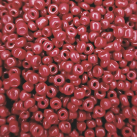 Glaskralen Rocailles tango rood 3mm. 15 gram