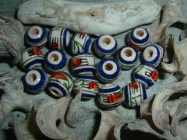 Mooie ronde indianenkralen van 10 mm.
