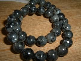 Mooie ronde zwart gemarmerde glaskralen