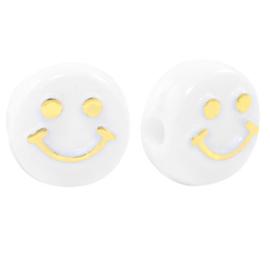 Off white ronde letterkralen met een gouden smiley 10 mm.