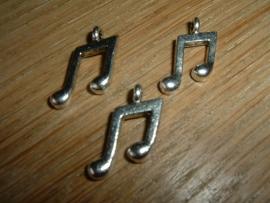 """Mooie zilverkleurige metalen hanger """"muzieknoot"""""""