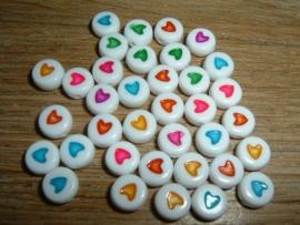 Mooie ronde kralen met een gekleurd hartje