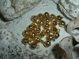 25 Stuks mooie gold plated belletjes van 6 mm.