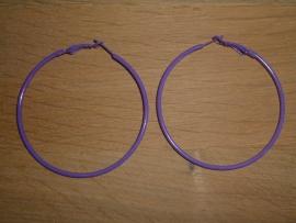 Mooie grote paarse HQ creolen van 60 mm.