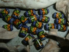 Mooie indianenkralen in de vorm van een buisje van 8 mm.