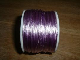 Mooi satijnkoord in de kleur violet/zachtpaars
