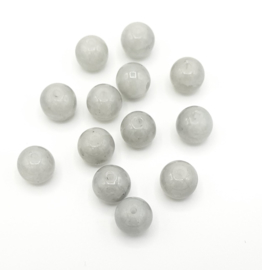 30 Stuks mooie grijze crackled opal glaskralen van 8 mm.