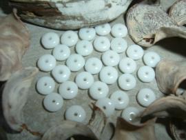 30 Stuks mooie kleine platte witte glaskraaltjes