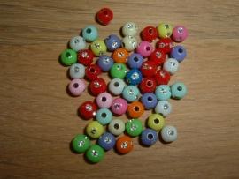 50 Stuks mooie kleine gekleurde glitterballetjes van 4 mm.