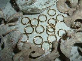 50 Stuks mooie DQ gold plated ringetjes van 8 mm.