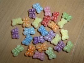 Leuke kleine pastelkleurige vlindertjes mix