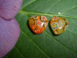 Gele millefiori kralen in de vorm van een hartje 10 mm.