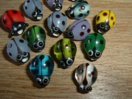 Leuke gekleurde lieveheersbeestjes glaskralen