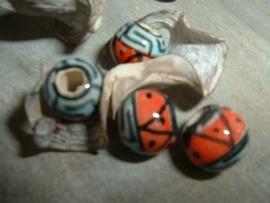 Mooie ronde indianenkralen 8 mm.