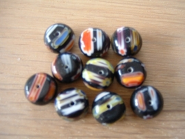 10 Stuks mooie ronde platte millefiori kralen in zwart