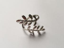 Must have ringen in zilverkleur met bladmotief