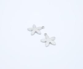 Mooie hangers in de vorm van een bloem (T 131)