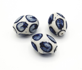 Mooie grote ovale delfsblauwe keramieke kralen